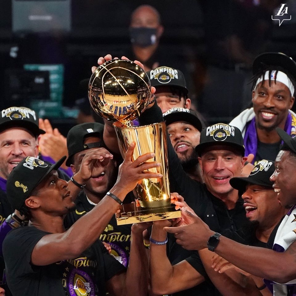 Optøjer efter Lakers NBA-sejr