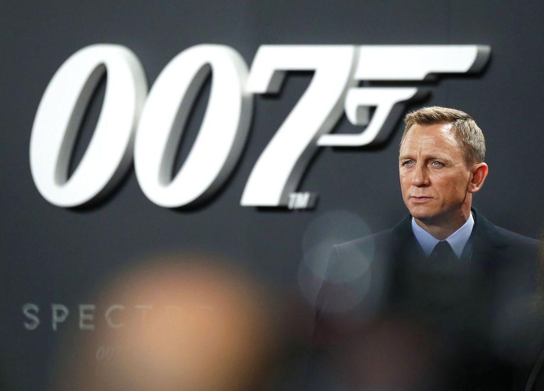James Bond premiere udskydes igen