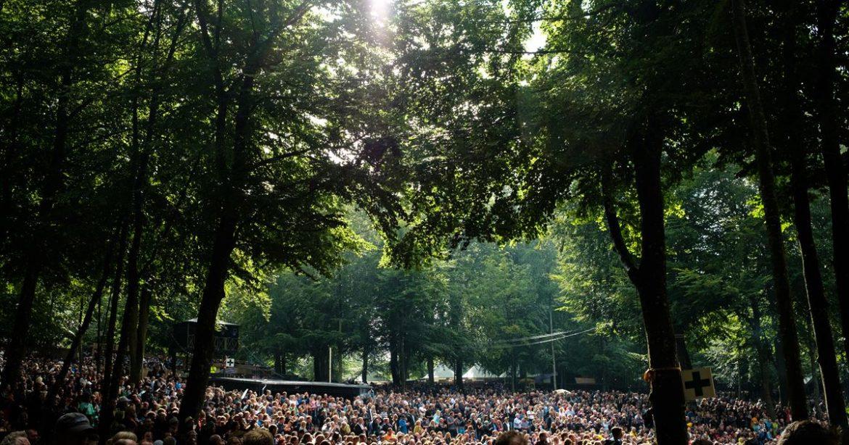 Smukfest har offentliggjort seks navne til årets festival